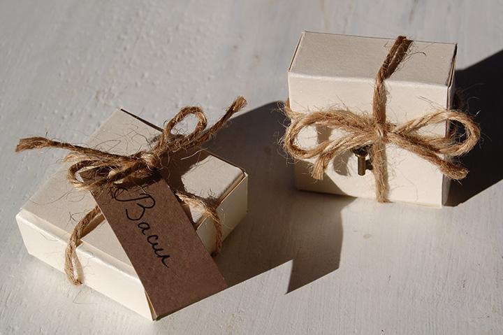 луксозни малки подаръчни кутийки за сватба