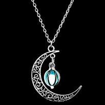 светещ медальон в тъмното луна