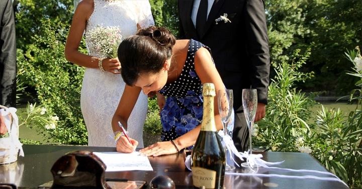 какво прави кумата на сватбата